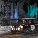 Pius Weckerle / Werner Gassner – Mini Cooper S vor Eisfiguren in Rohrmoos